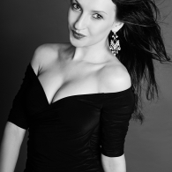 black and white studio photographer